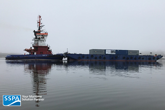 Pusher/barge combination used in the container transport demonstrator for NÖKS II. Photo: Christian Finnsgård